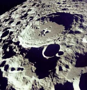 Moon craters 290x300 Кратеры Луны и Венеры