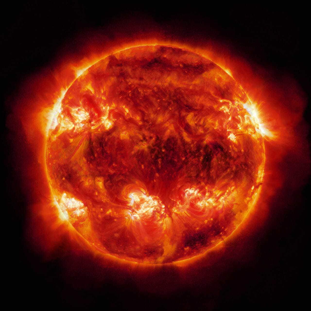 Вращение и пульсация Солнца - описание, фото и видео