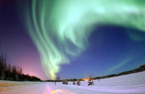 aurora borealis 300x195 Что такое северное сияние?