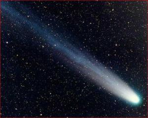 comet 300x240 Откуда берутся кометы и из чего они состоят?