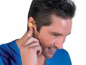 ear 300x225 Почему бывает шум в ушах?