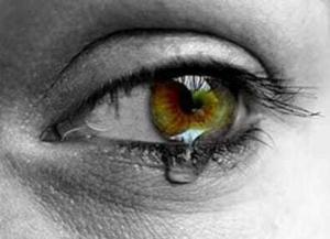 traene gross 300x217 Почему текут слезы?