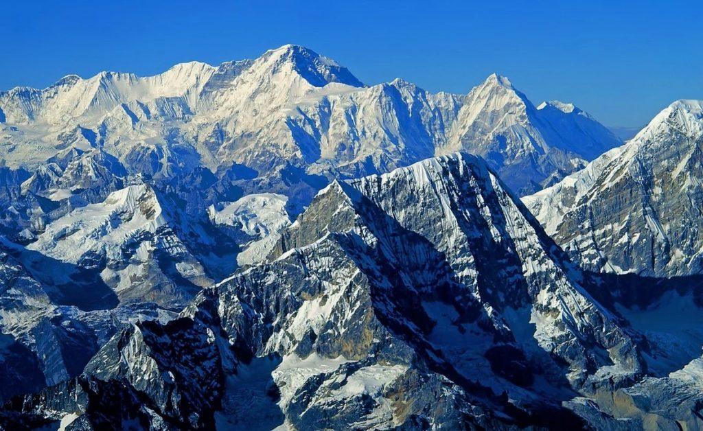 Гималаи - высочайшая система гор на Земле