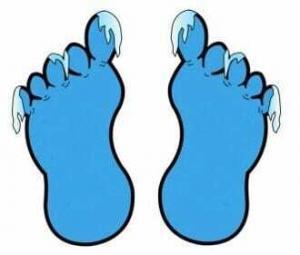 Мерзнут ноги и руки