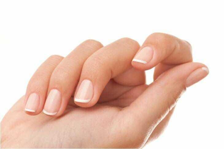 Желтеют ногти на руках причины у женщин