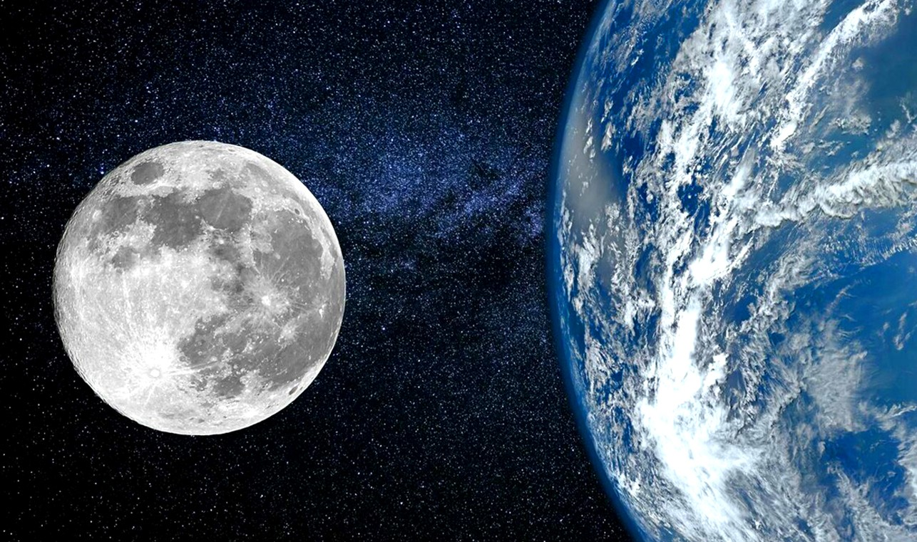 Почему Луна отдаляется от Земли?