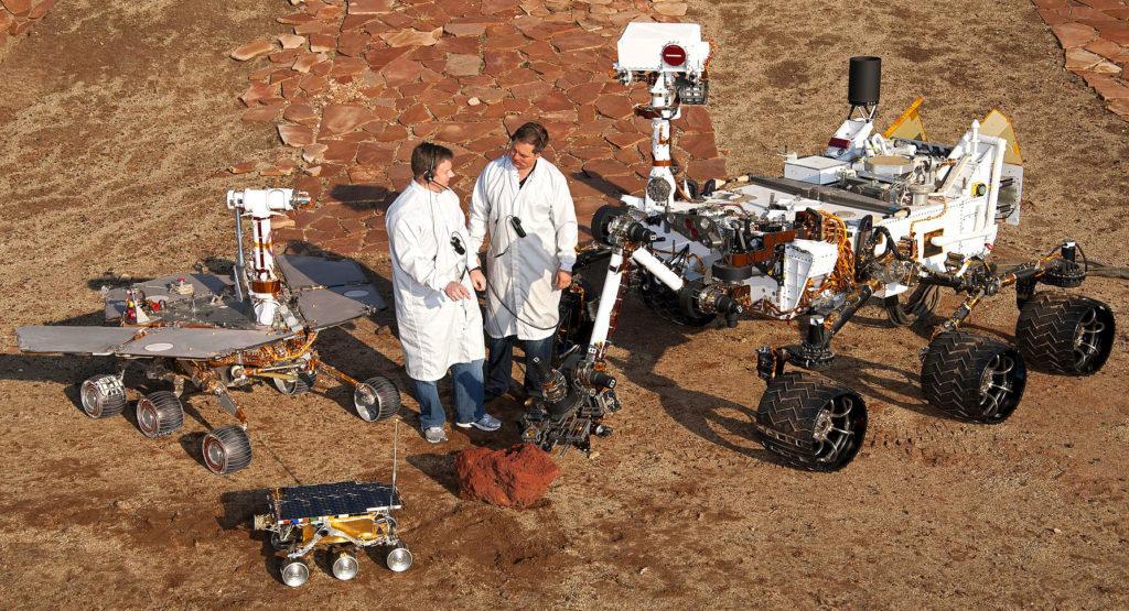 """Марсоходы НАСА: """"Спирит"""", Соджорнер"""", """"Кьюриосити"""""""