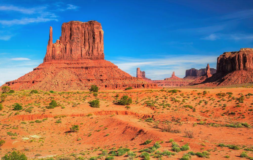 Пустыня на территории Аризоны, обладающая разнообразным рельефом