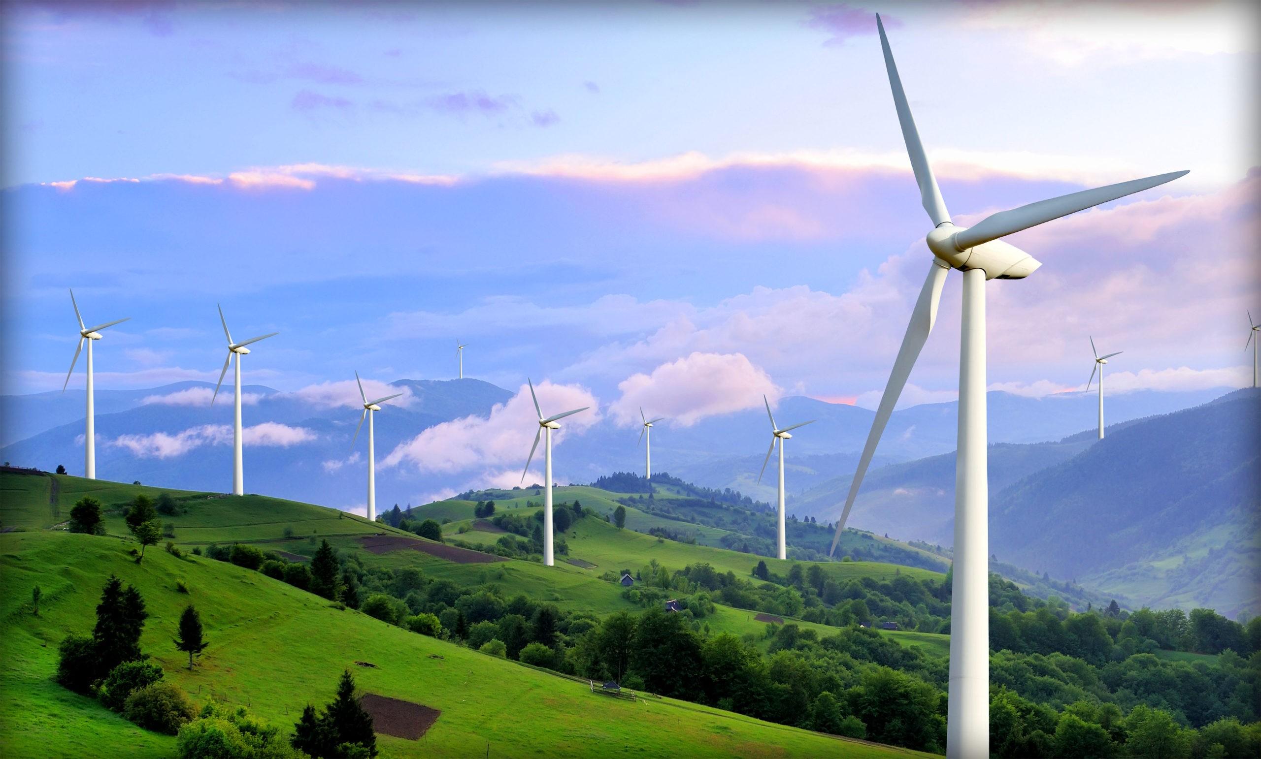 Почему у ветрогенераторов три лопасти, а не две или четыре?