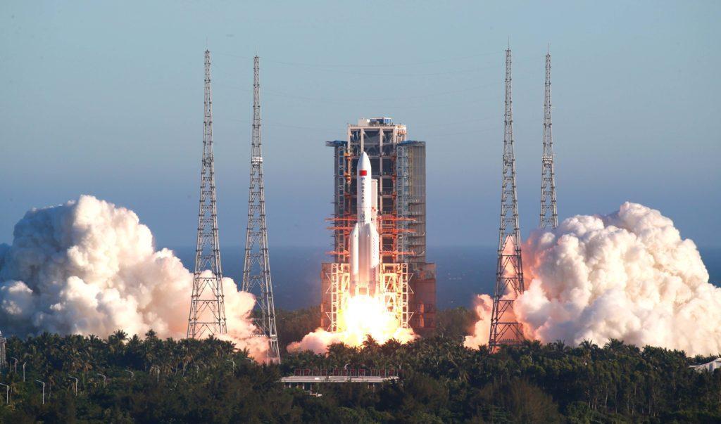 """Запуск ракеты-носителя """"Чанчжэн-5"""""""