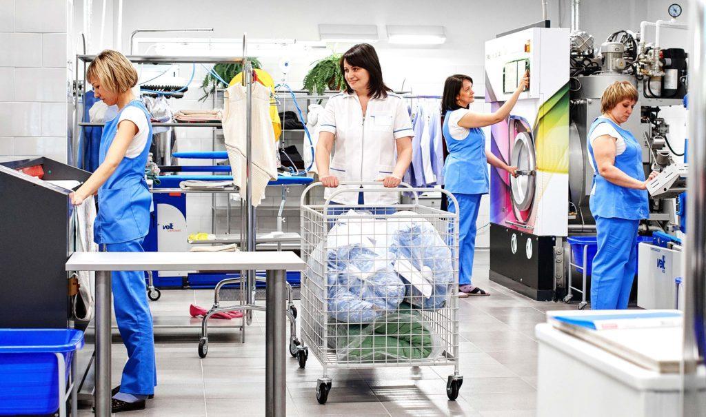 Химчистка представляет собой комплексный процесс, предполагающий применение специального оборудования