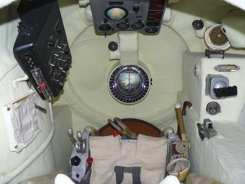 Кабина космического корабля «Восток-1»