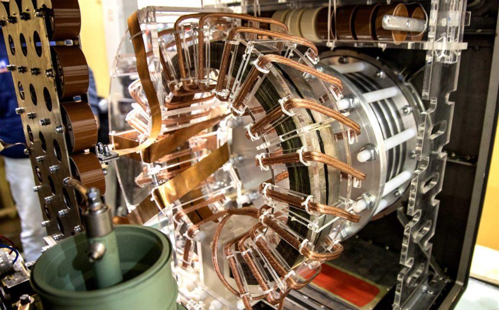 Эксперименты по облучению проводились на ускорителе УРТ-0,5