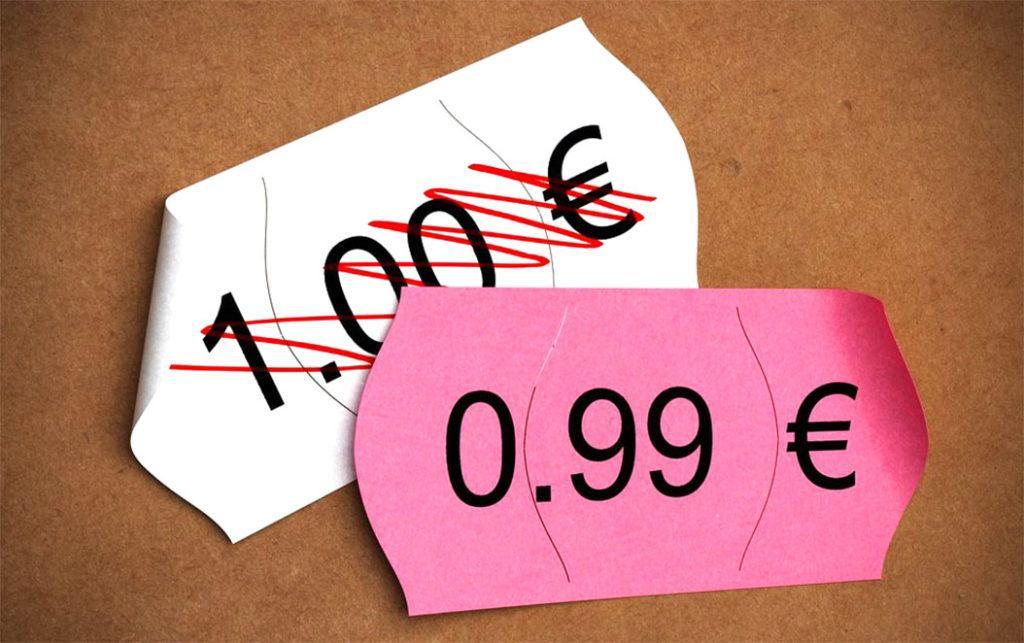 Пример психологического ценообразования: согласно исследованиям, вариант с нечетным числом больше привлекает покупателей, хотя разница минимальная