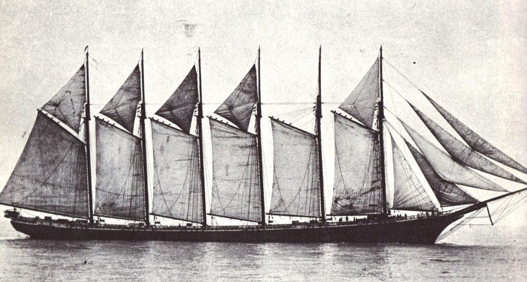 Самое большое деревянное судно «Wyoming» 1910 г.