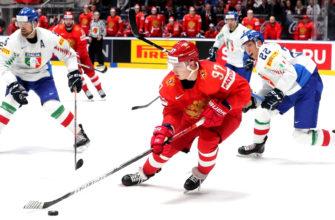 Что такое щелчок и бросок в хоккее?