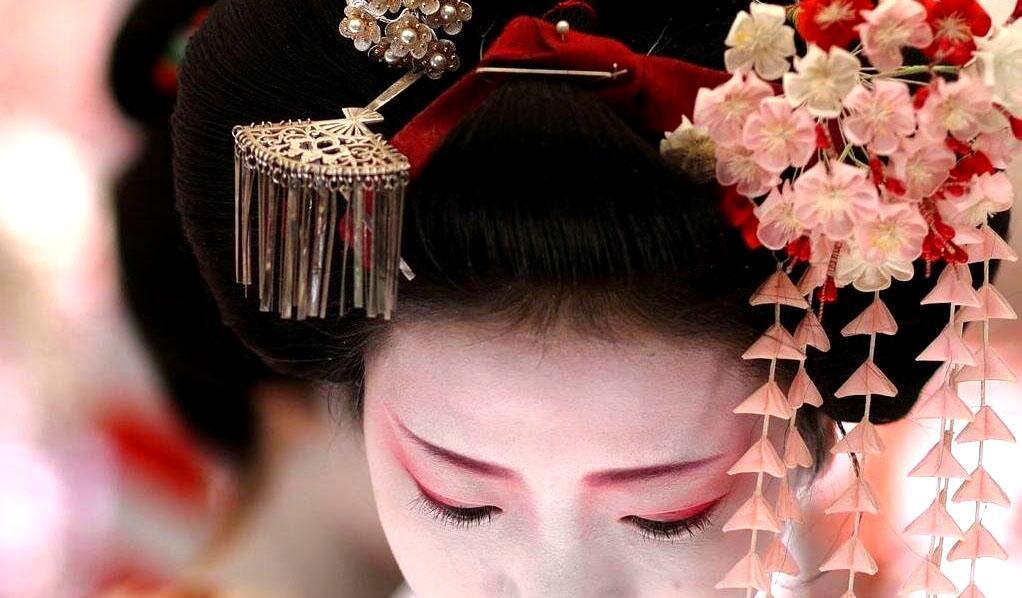 Традиционные японские украшения изготавливаются из алюминия вместо серебра