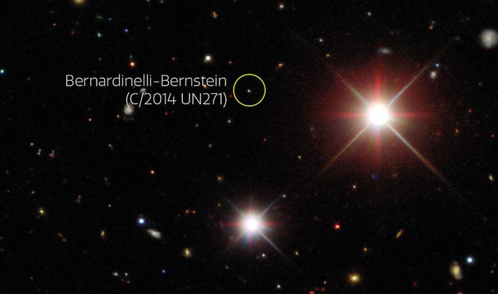 Изображение показывает комету в октябре 2014 года, когда она находилась на расстоянии 25 а.е.