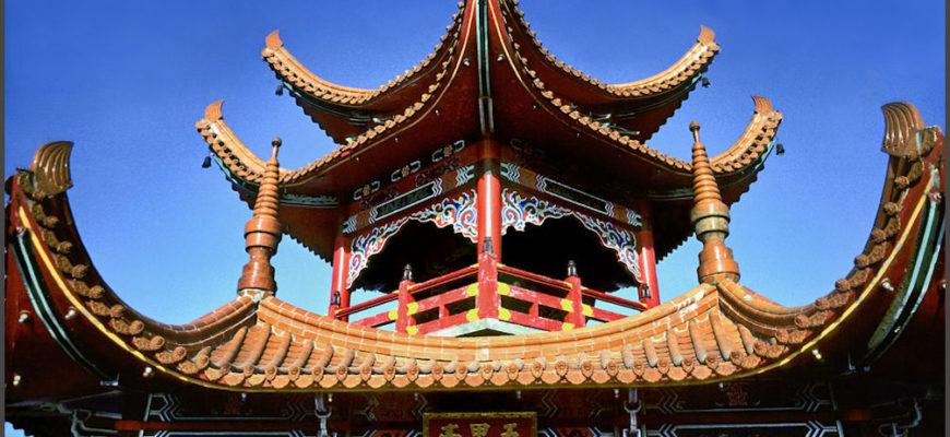 Почему в Китае крыши загнуты вверх?