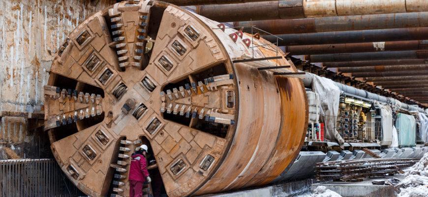Как ориентируются машины, копающие тоннели под землей?