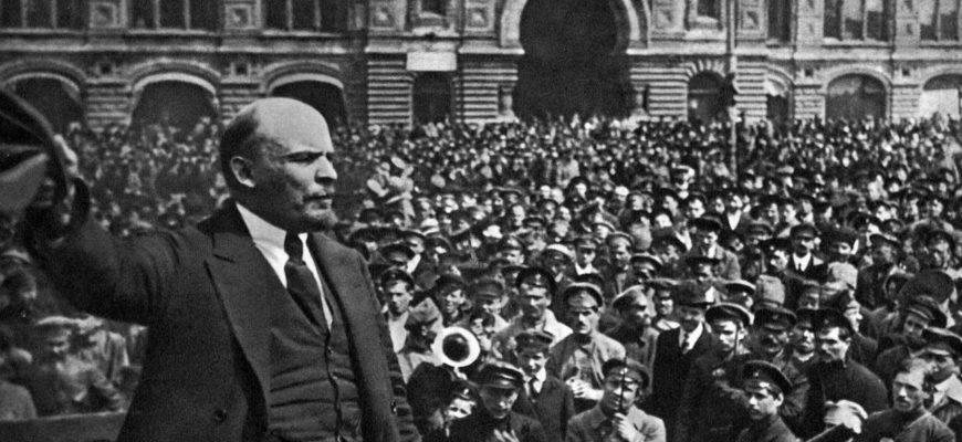 Почему республики в СССР назывались советскими?