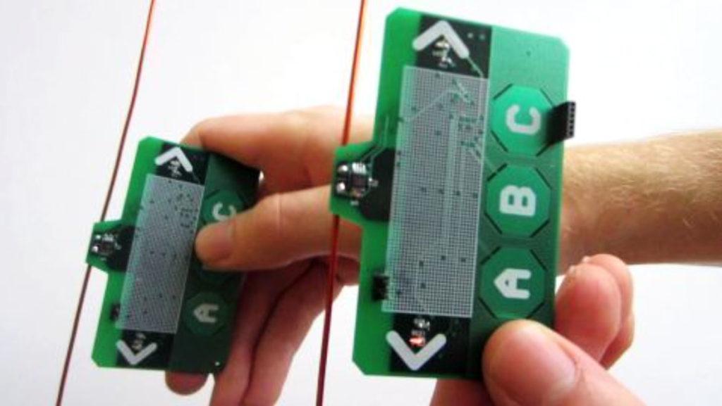 Образцы устройств, которые обмениваются информацией за счет радиосигналов телевизионного (ТВ) диапазона