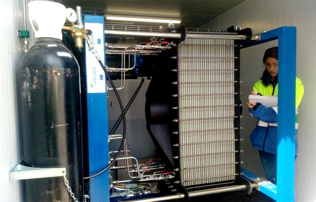 Электроактивные бактерии (MDC) опресняют и стерилизуют воду, делая ее подходящей и безопасной