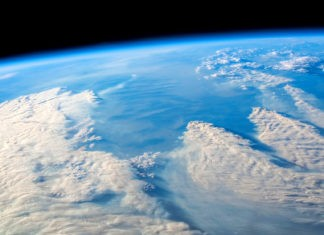 Почему озоновые дыры не заполняют «вручную»?