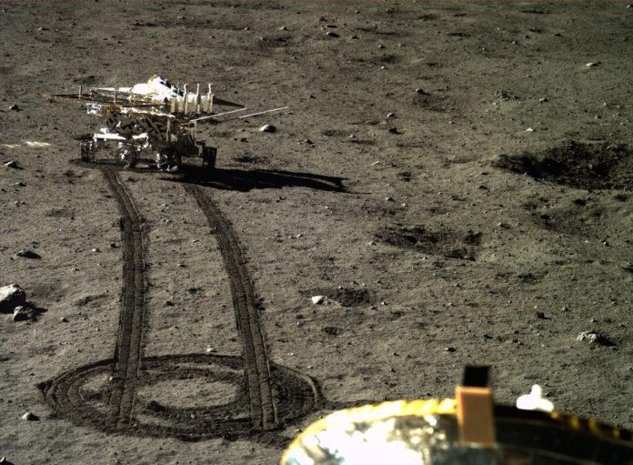 Астрономы раскрыли загадку таинственного геля на обратной стороне Луны