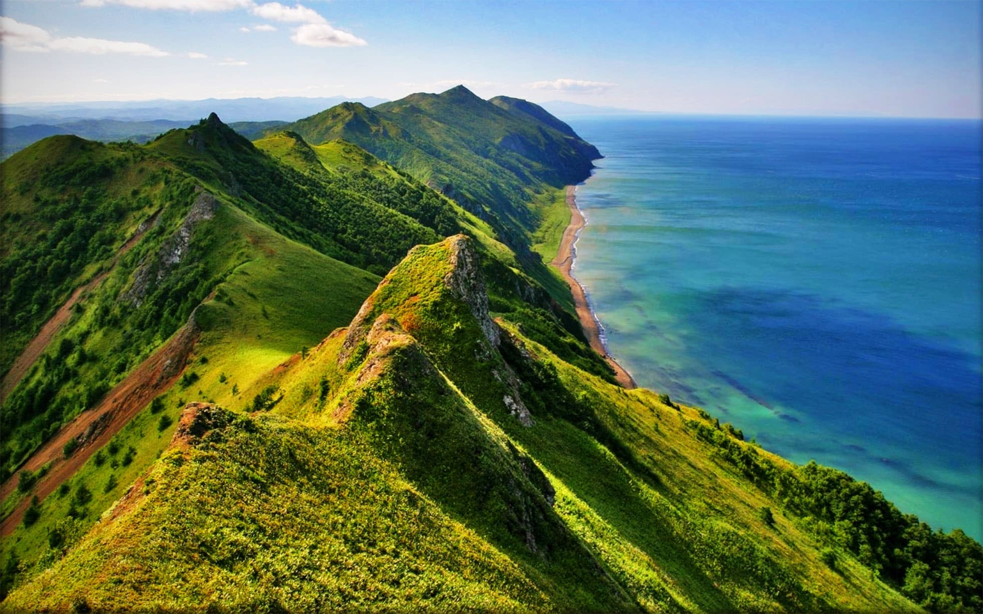 Береговая линия острова Сахалин