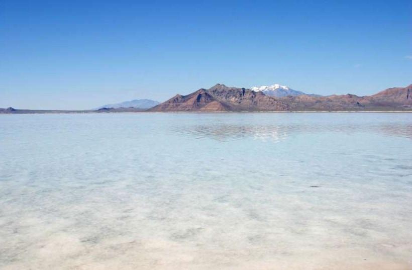 Большое Соленое озеро в США