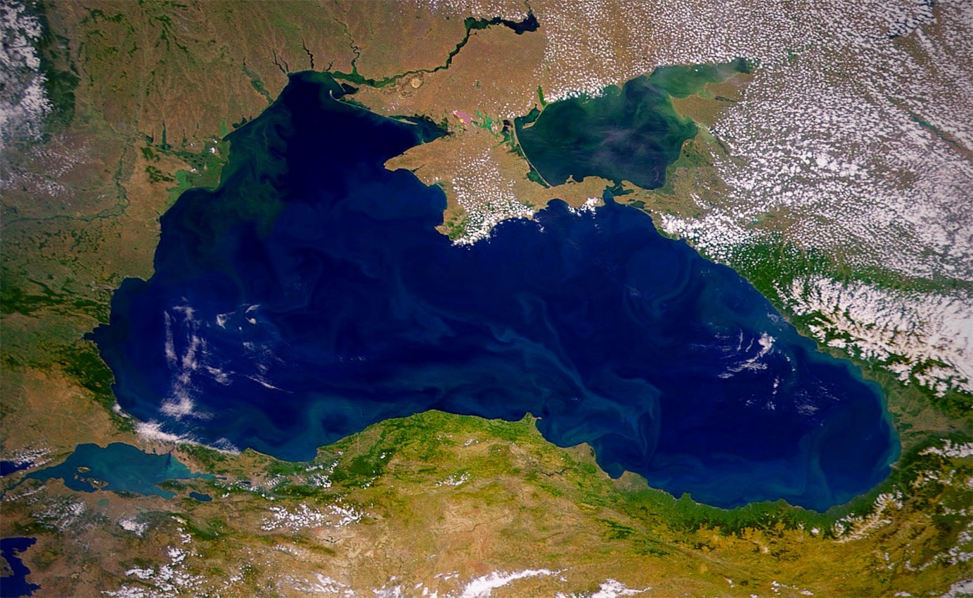 Черное море (фото со спутника)