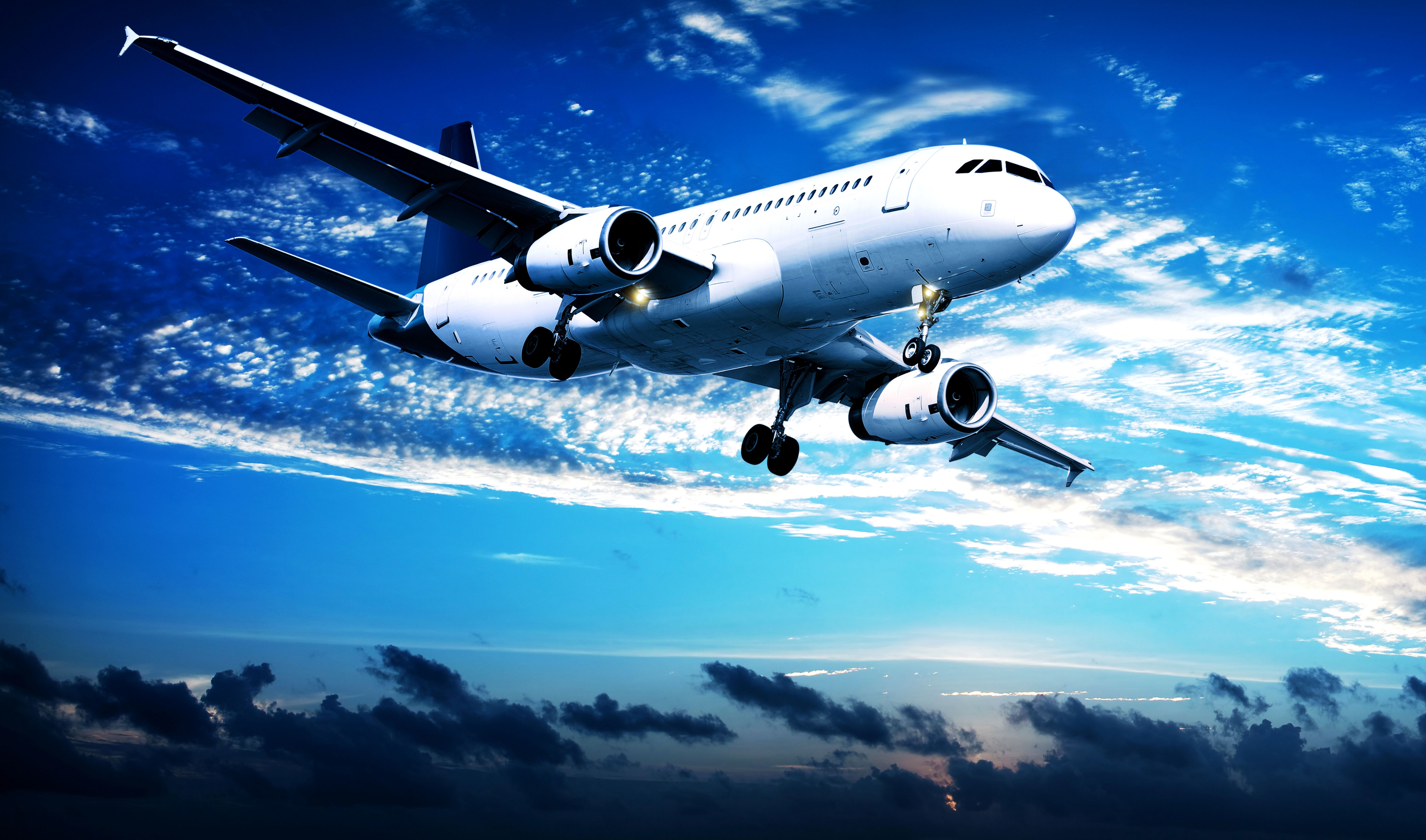 Чем чартер отличается от регулярного рейса?