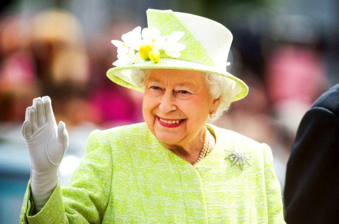 Почему королева Великобритании отмечает день рождения дважды?