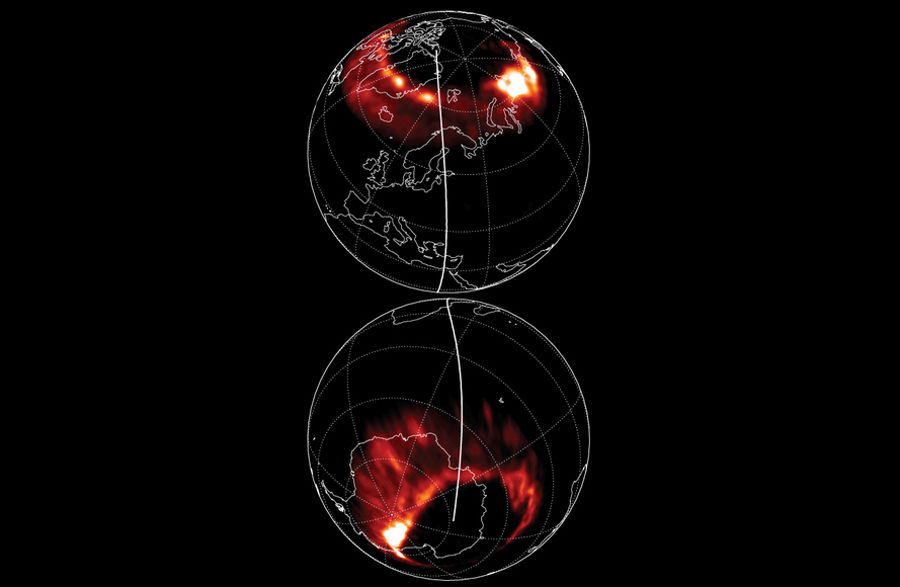 Северное сияние на обоих полюсах планеты