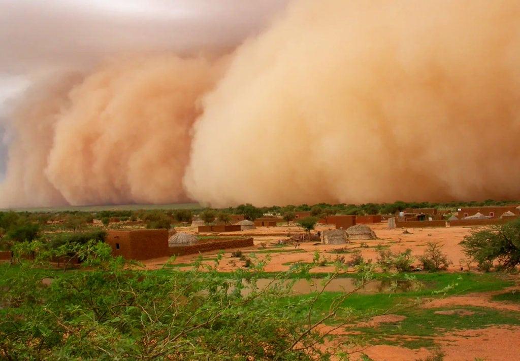 Песчаная буря - хабуб