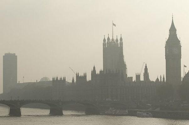 Желтый туман над Лондоном