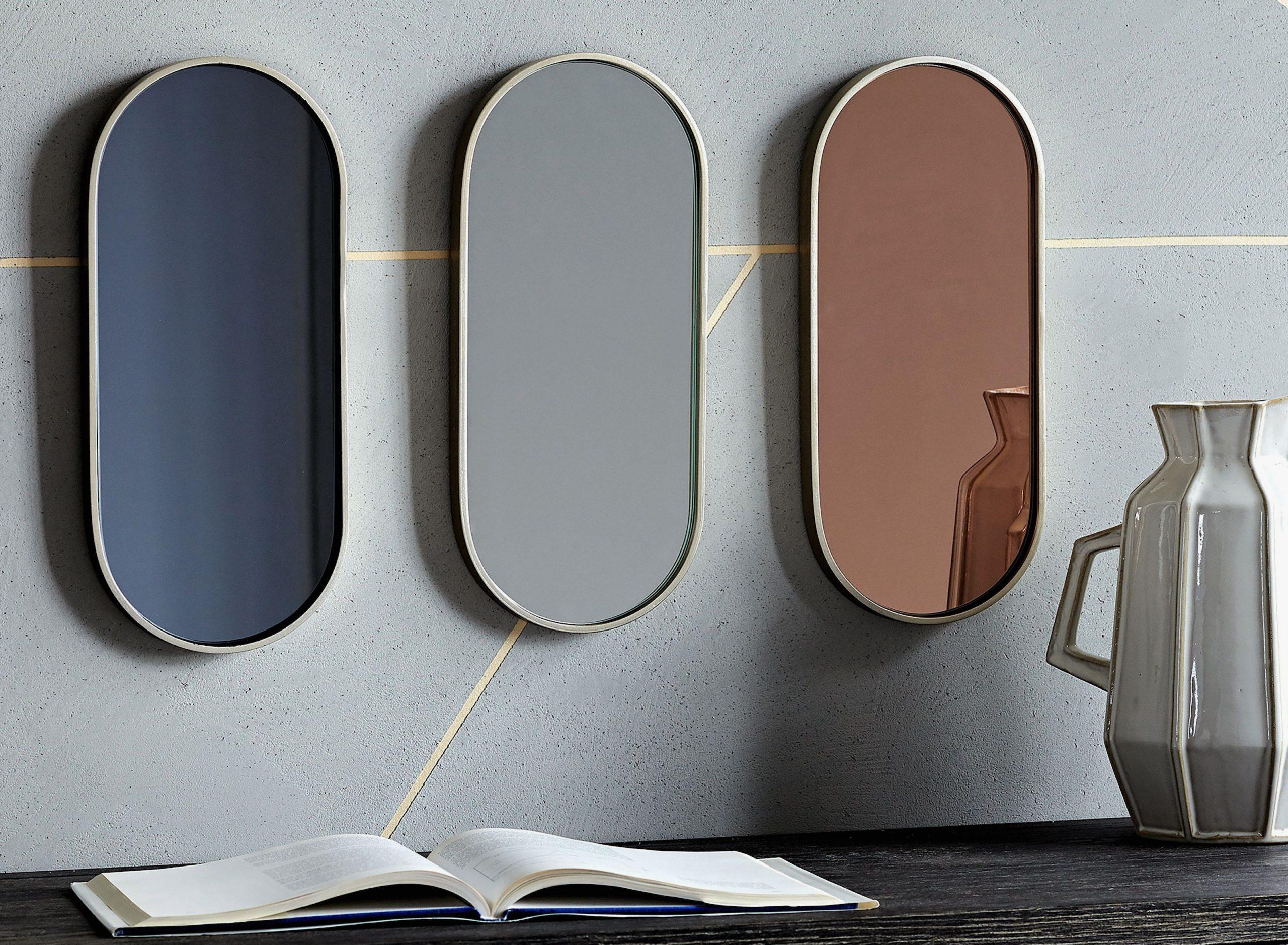 Какого цвета зеркало?