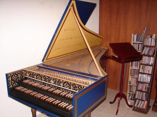 Двухмануальный франко-фламандский клавесин