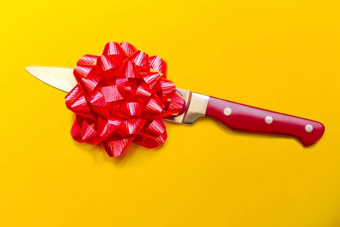 Почему нельзя дарить в подарок ножи