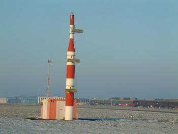 Курсоглиссадный маяк