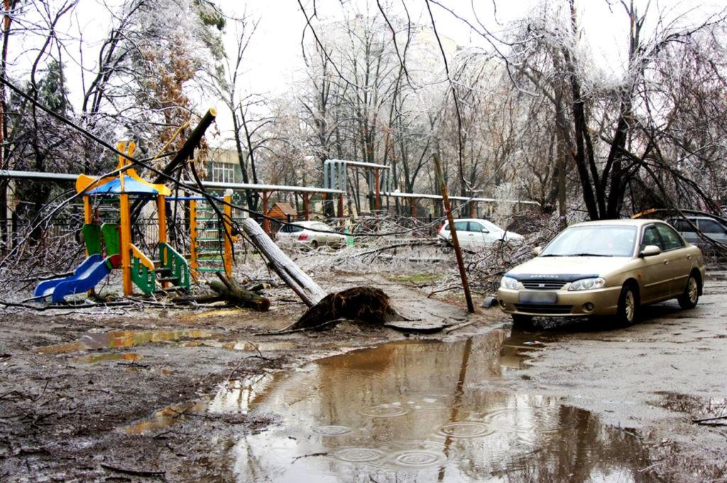 Последствия ледяного дождя в Краснодаре, 2014 г.