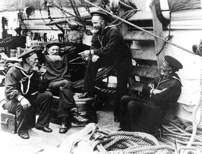 Почему моряки кричат полундра?