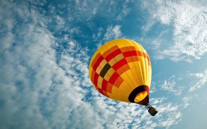 На какую высоту может подняться воздушный шар?