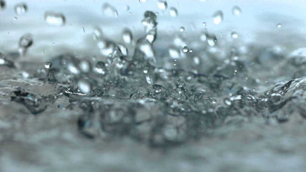Как возникают капли во время дождя?