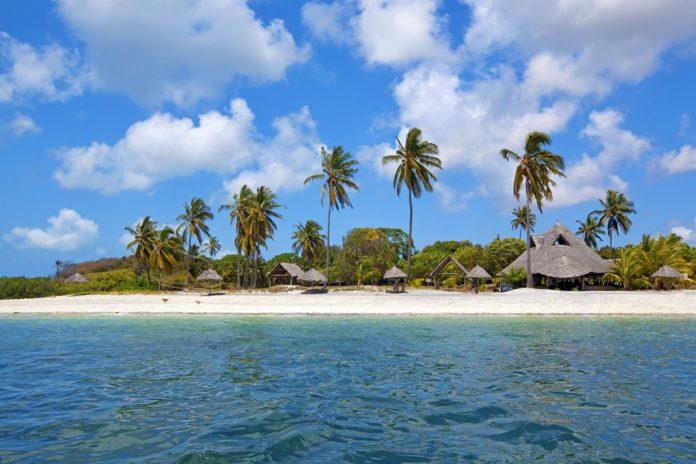 Почему остров мафия так называется, и где он находится?
