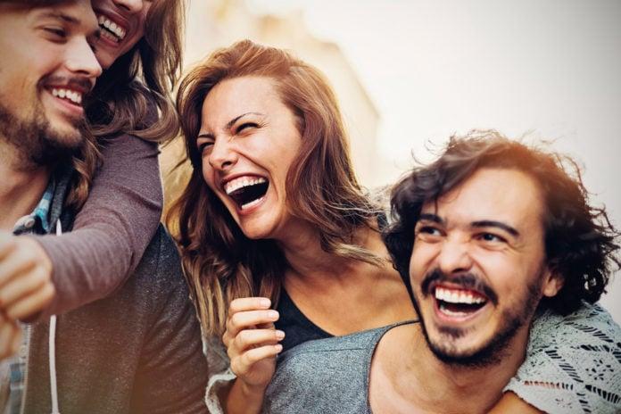 Почему мы смеемся, когда слышим шутки?