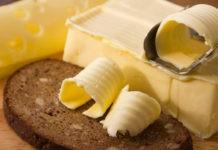 Почему сливочное масло желтое, если молоко белое?