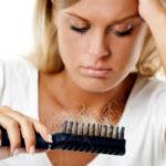 Почему осенью выпадают волосы?