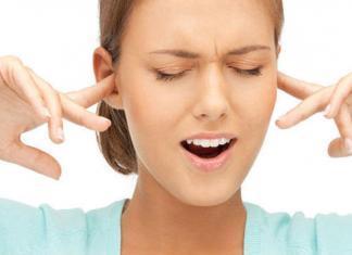 Почему закладывает уши?